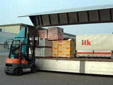 農産物輸送